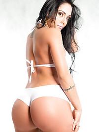 nude latino woman